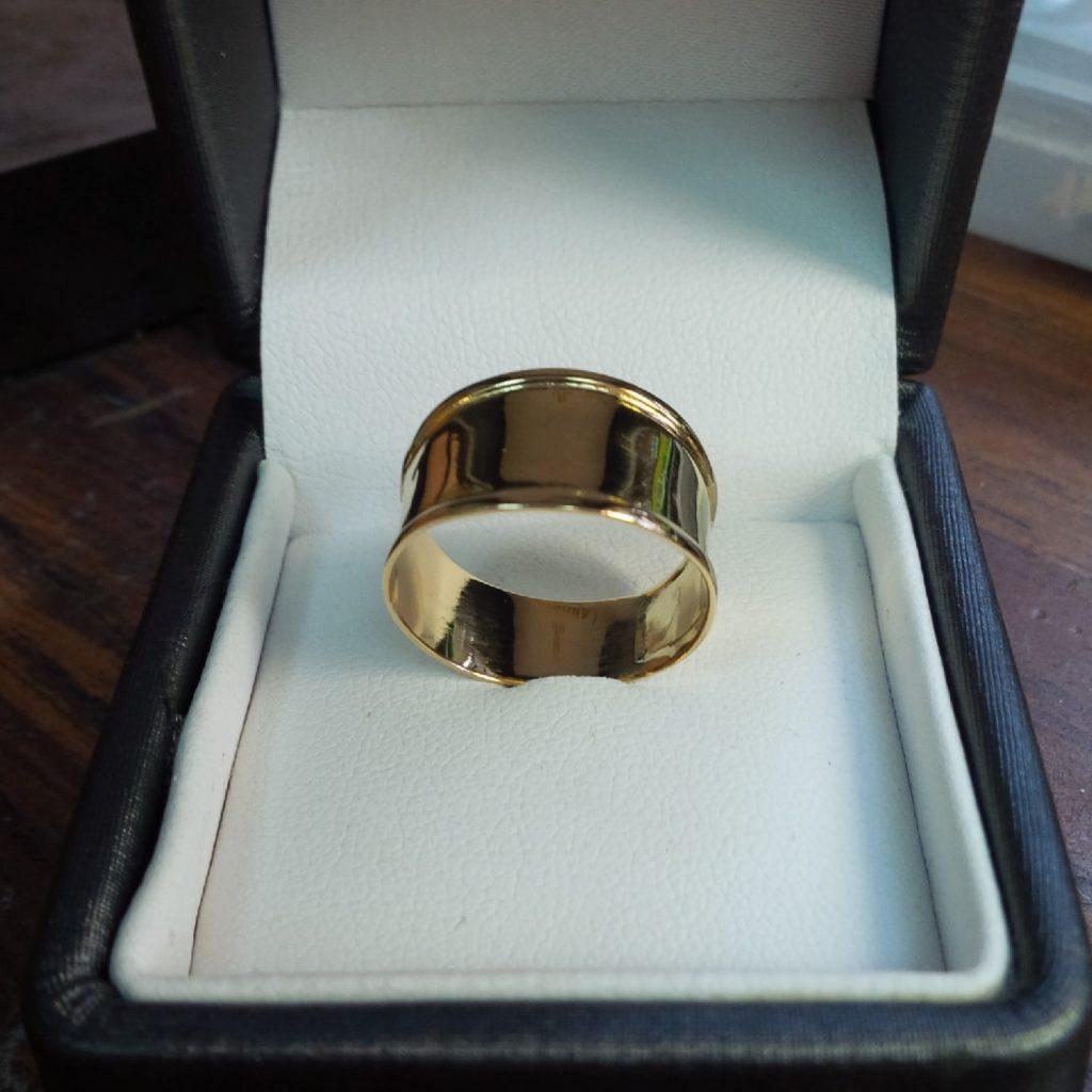 Bague or les bijoux de mel artisan bijoutier joaillier réparation renfort de corps de bague